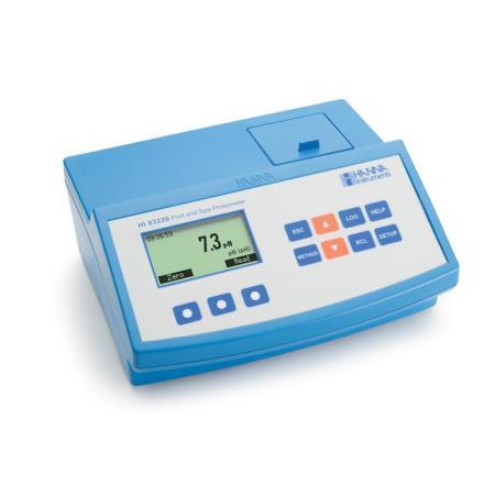 HI83226-02 fotometer voor detail zwembad wateranalyses